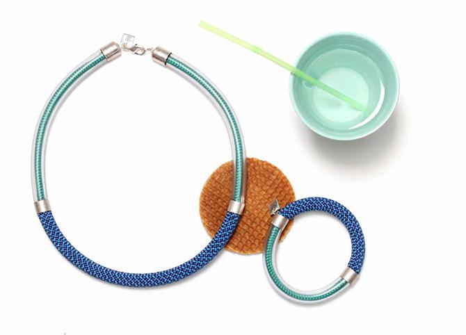 Collier und Kordel-Armreif von SMJD (Sarah Mesritz Jewellery Design) aus den Niederlande