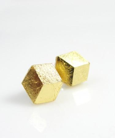 Goldene Ohrringe von Pictofactum