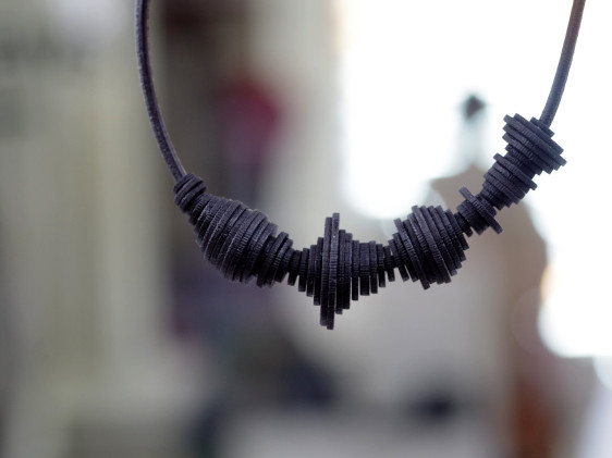 Waveform Kette schwarz bza