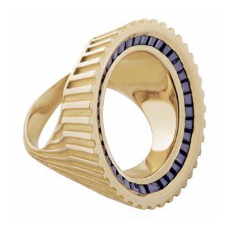 Runder Ring von Hannah Martin