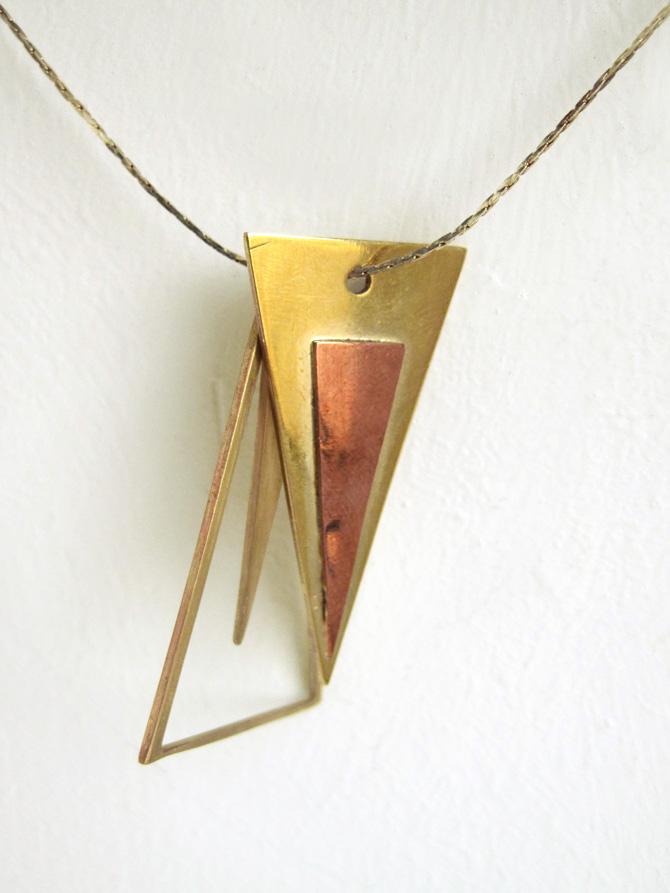 Kettenanhänger aus Messing und Kupfer